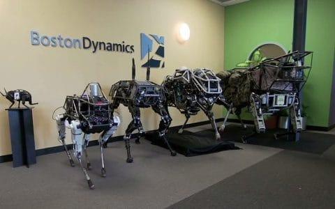 超高仿真机器人——波士顿机械狗